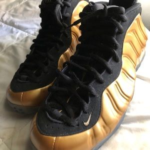 Other - Metallic foam posits